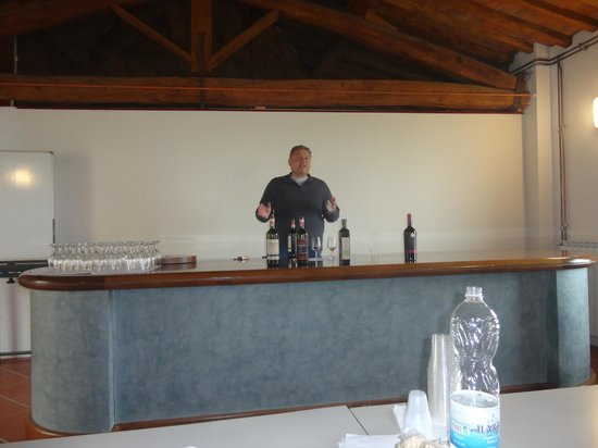 Guido's Tours - Wine Tours in Tuscany: Guido teaching us about wine and olive oil at Villa Montepaldi
