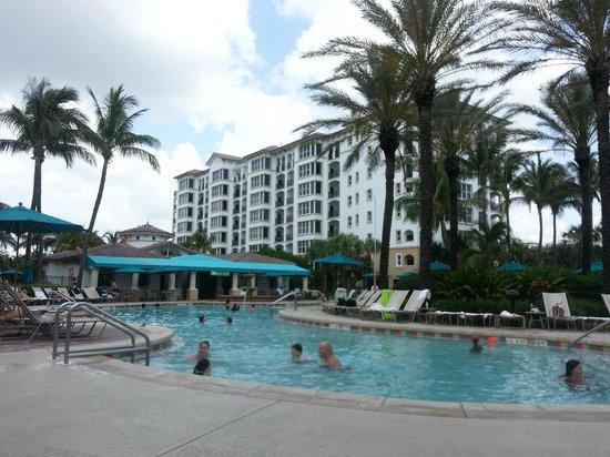 Marriott's Ocean Pointe: Pool view