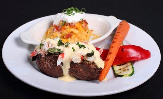 Intermezzo Restaurant: Steak Oscar