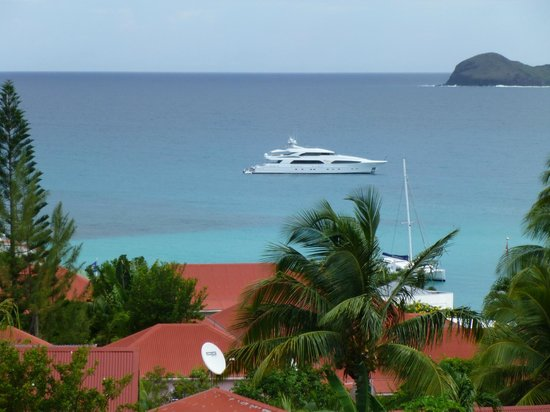 Hotel Le Village St Barth: View from the terrace of our superior cottage.