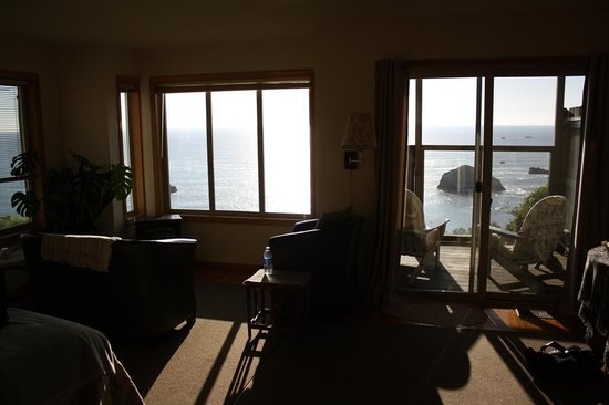 Turtle Rocks Inn: View from Room