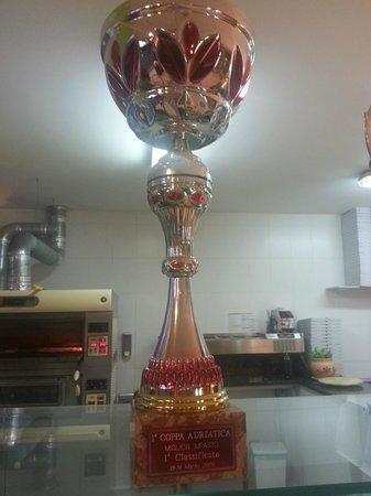 Pizzeria Quo Vadis: Trofeo 1º clasificado MEJOR MASA 2006