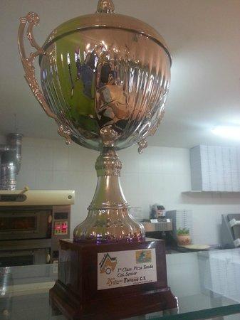 Pizzeria Quo Vadis: Trofeo 1 clasificado campeonado italiano de pizza 2005