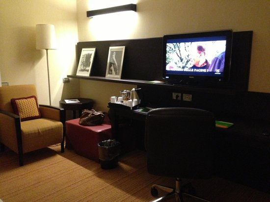 Courtyard by Marriott Rome Central Park: Camera 1