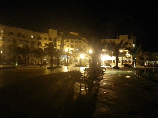 Lagoon Hotel & Resort : View of main building night time