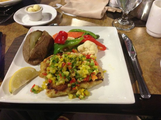 Hilton Garden Inn Toronto Airport: Potato crusted cod from the hotel restaurant.