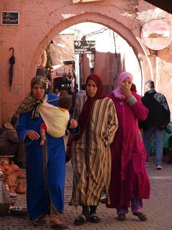Riad Turquoise : La porte du Souk