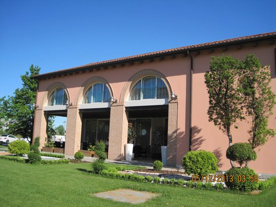 Agriturismo Ca' Beatrice: Front of hotel