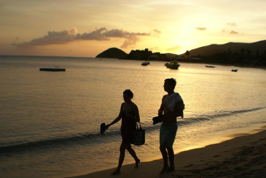 Curtain Bluff Resort: Enjoying the setting sun at Curtain Bluff