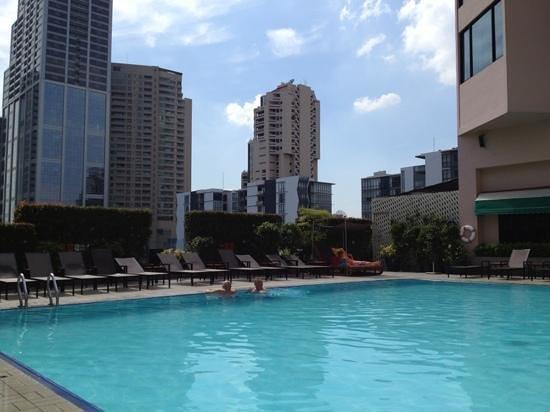 Rembrandt Hotel Bangkok: Add a caption