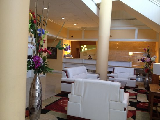 Holiday Inn Clinton - Bridgewater: Hotel Lobby