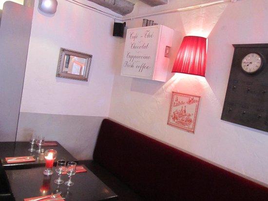 Deli's Cafe: interno