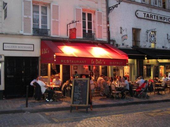Deli's Cafe: esterno