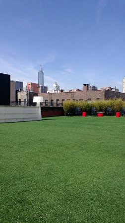 The Bowery House: BOWERY HOUSE ROOF DECK...yeaaaaaa