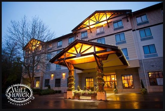 The Inn At Gig Harbor In Winter