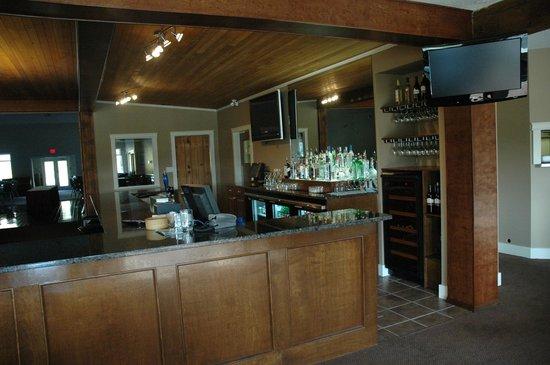Eaglecrest Golf Club Restaurant: Bar