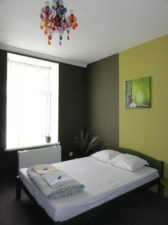 Riga Hostel : habitación doble