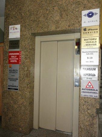 Riga Hostel: entrada