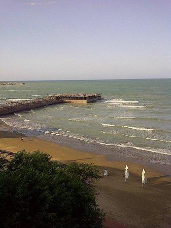 Bilgah Beach Hotel: Vista del Mar Caspio desde habitación