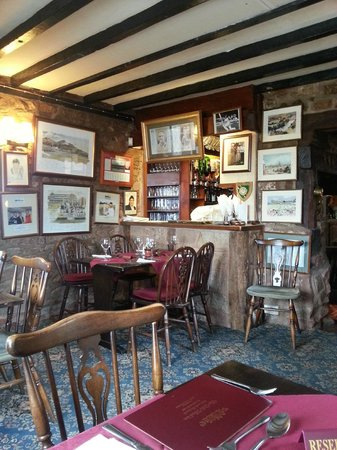 The Bull's Head Inn: Pub dining area (not the restaurant)
