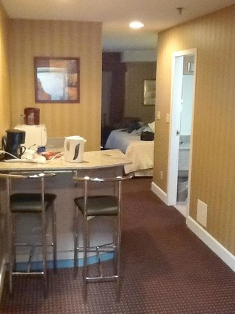 Executive Airport Plaza Hotel & Conference Centre Richmond: suite