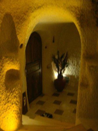 Cappadocia Cave Suites: Room 301, Entrance