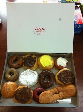 Ralph's Donut Shop: Mixed doz only 9.00!