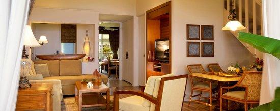أوشنفرونت رياليتي - ذا كليفس آت برينسفيل: 2 Bedroom Living Area