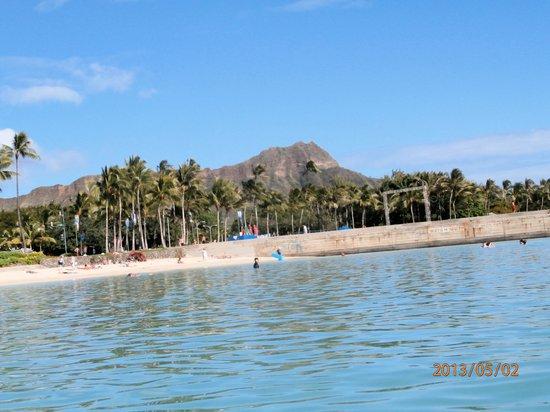 Aston Waikiki Beach Hotel: A view from the beach