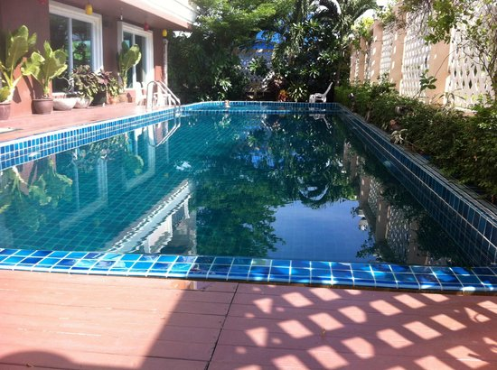 Convenient Grand Hotel : Pool