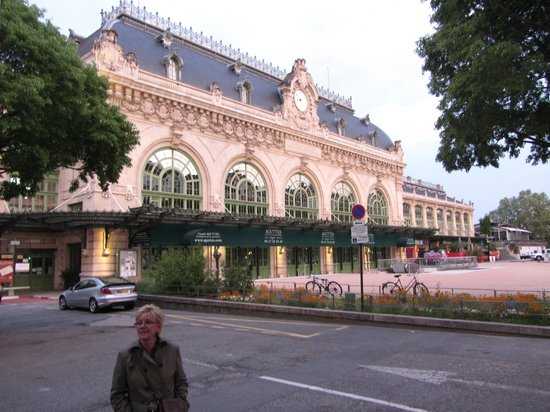 "Mercure Lyon Centre Brotteaux : The ""Old"" train station is wonderful"
