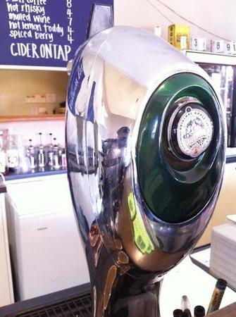 The Cider House Cafe & Bar: Apple Cider on tap