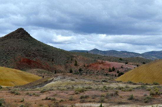 John Day Fossil Beds National Monument: The Painted Hills