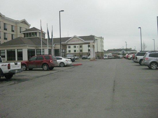 Hilton Garden Inn Anchorage: Exterior