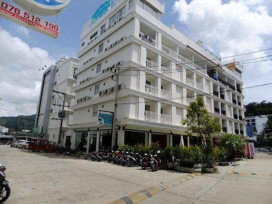Garden Phuket Hotel: ホテル外観