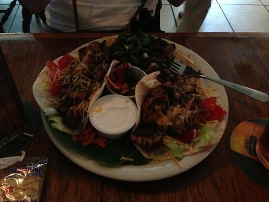 Robbi's Reef: fish tacos