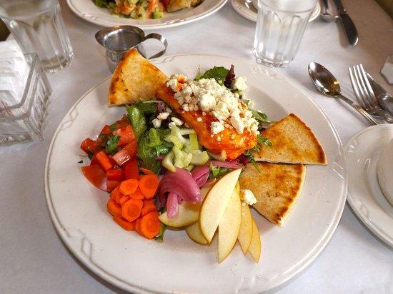 Feast Bistro : Delightful presentation.