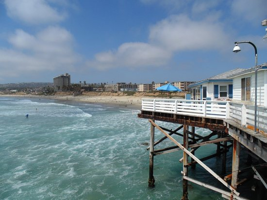 Crystal Pier Hotel & Cottages: View of Unit B from the pier. The Blue Umbrella is the patio.