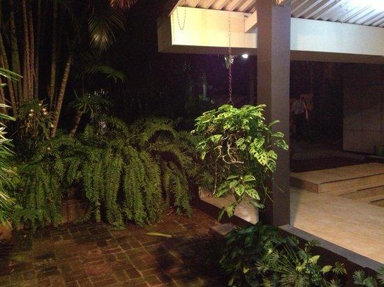 El Rosal: giardino interno