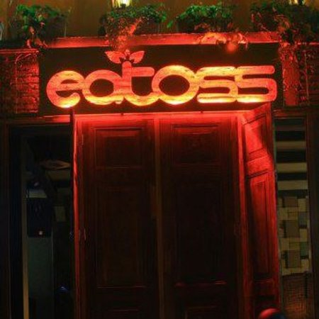 Eatoss Resto & Club: You just need to walk through the door