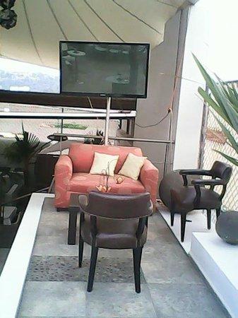 M Hoteles Concepto : Otra sección de la terraza bar