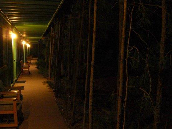 TimberLodge Inn: Quiet, private evening