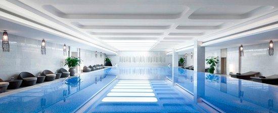 Sheraton Shanghai Hongkou Hotel: Swimming pool