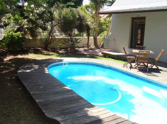 Hope Villa Bed & Breakfast: Swimming Pool