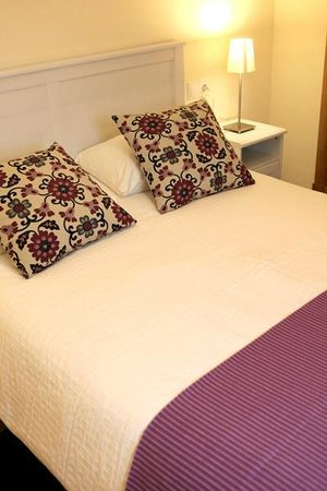 Sleepin Sevilla Arenal: Dormitorio Pastor I