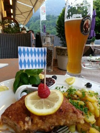 Cafe Am Luitpoldpark: cordon bleu