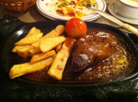Victoria Station: sizzling steak