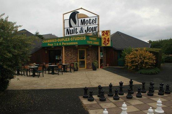 Hôtel de la Baie de Paimpol : La réception