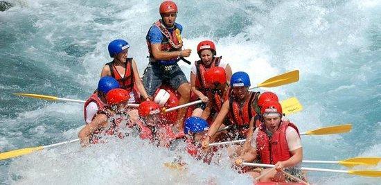 Novaraft - Private Day Adventures: raft med nova raft