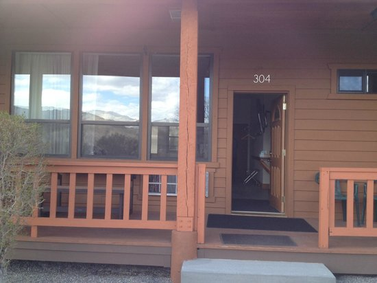 Yellowstone Village Inn: Suite in annex building